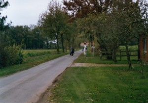 Marie beim Ausritt mit Max